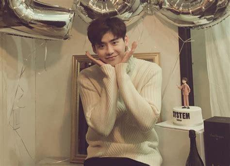 film yg dibintangi lee jong suk lee jong suk clarifies his comments about yg