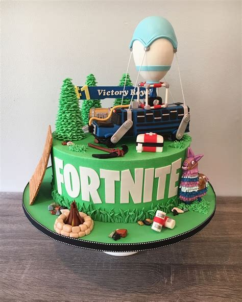 fortnite birthday cake image result for battle cake image fortnite cakes in