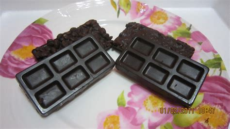 Coklat Kekonian Nibs eita city of chocolate chocolate bar rice almond nib