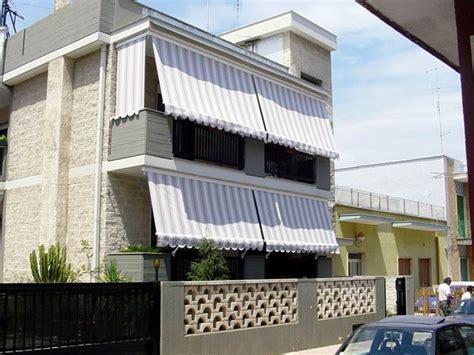 tenda balcone tettoie per balconi pergole e tettoie da giardino come