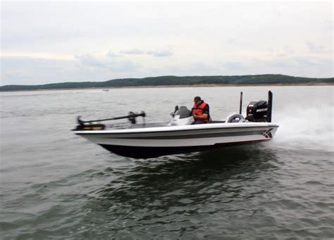 research 2013 legend boats alpha 211 on iboats - Legend Boats Alpha 211