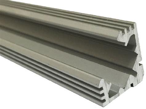 gute aluminium haustüren eckschutzprofil aluminium anodisiert silber 2m gute leds de