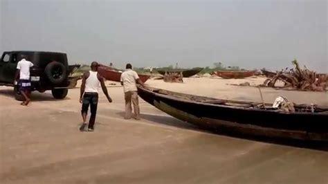 tow boat jeep wrangler jeep wrangler boat tow ibeno beach youtube
