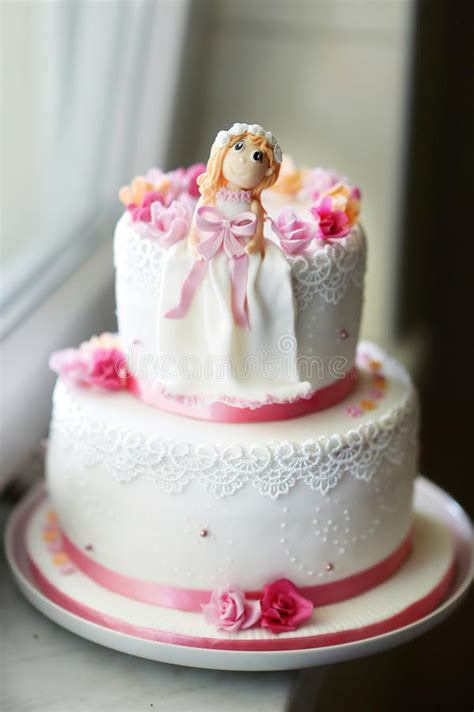 beautiful pink birthday cake royalty  stock