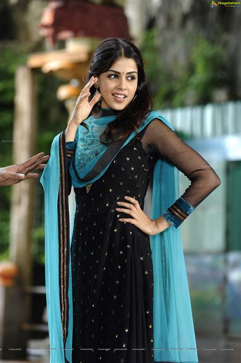 genelia  hd stills  wallpapers  naa ishtam