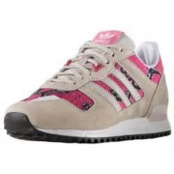 De Las Adidas Originals Zx 700 Zapatos Pã âºrpura Khaki G45983 Zapatos P 833 zapatos adidas para mujer originales