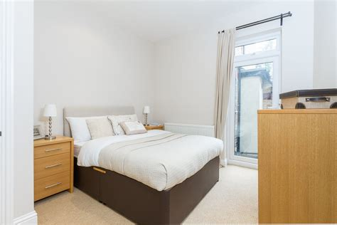 2 bedroom flat acton portico 2 bedroom flat recently sold in acton berrymead