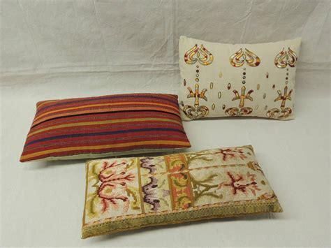 Decorative Lumbar Pillows Antique Textiles Decorative Lumbar Pillows For Sale At 1stdibs