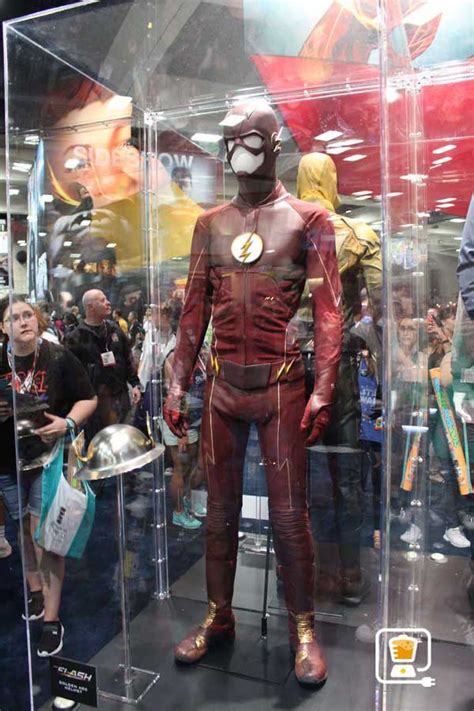 Hit The Floor New Season 4 - see flash and arrow s amazing costumes and gadgets on display at comic con