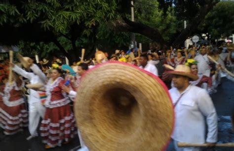 festival vallenato 2016 festival vallenato 2016 desfile de piloneras