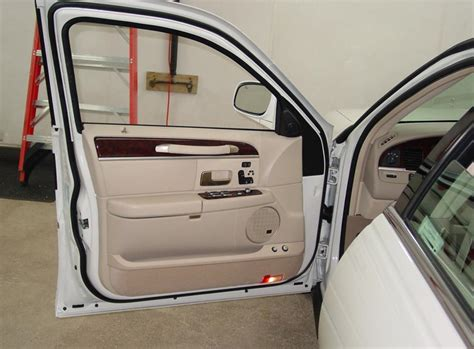 Front Door Car 2003 2011 Lincoln Town Car Profile