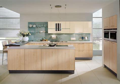 Kitchen Designs U Shaped Cocina En U Con Barra En Arce Y C 225 Lvados