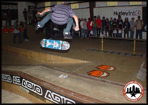 ryan sheckler backyard skatepark ryan sheckler gap kickflip 50 50 skatepark of ta photo