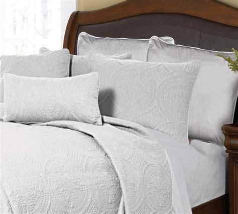 donna sharp bedding ana white by donna sharp quilts beddingsuperstore com