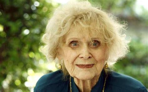 titanic actress gloria stuart dies aged 100 telegraph