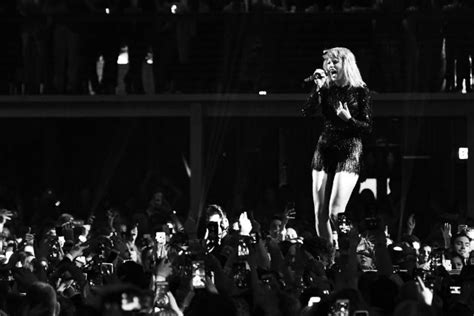 taylor swift end game stream will taylor swift s reputation be on streaming services
