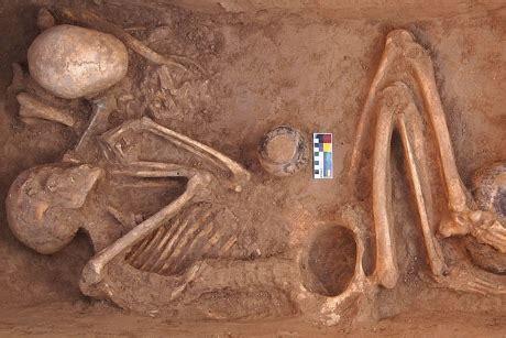 prehistoric religion a study in prehistoric archaeology classic reprint books descubierto cannabis en una tumba prehist 243 rica en pakistan