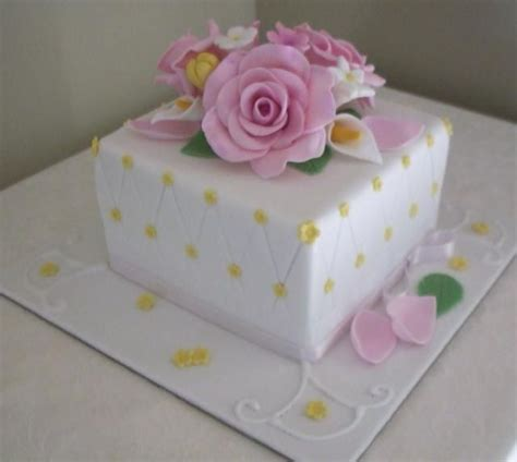 birthday cake  women  flowers part  birthday cake  pink flowers food cakes