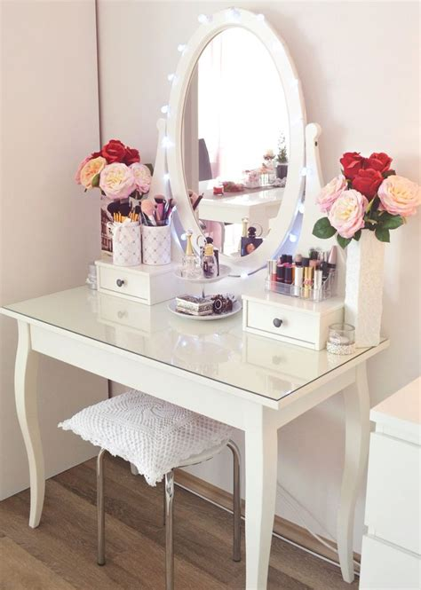 bedroom vanities for less 25 best ideas about acrylic makeup organizers on