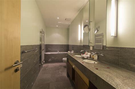 wäscherei im badezimmer waldhotel davos zauberhafte mu 223 estunden mit aussicht