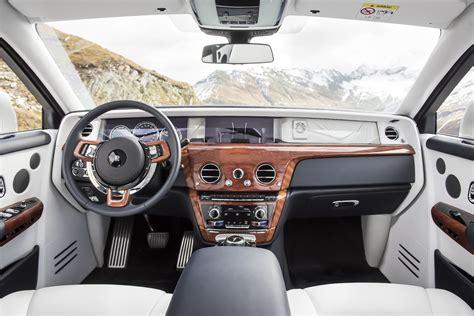 rolls royce phantom inside first look 2018 rolls royce phantom viii canadian auto