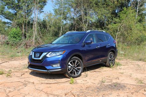 2017 nissan rogue blue 2017 nissan rogue review and test drive ecolodriver