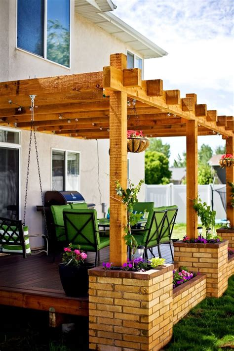 Pergola Planter by 25 Best Ideas About Brick Planter On