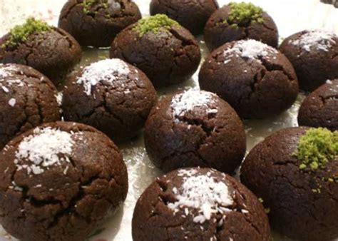 tarif ikolatal top oktay usta 29 kakaolu islak kurabiye hangi yemek tarifi