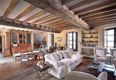 interni provenzali propiedad frente al mar en tropez estilo provenzal