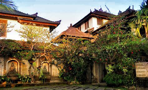 honeymoon guest house formerly pringga juwita water garden