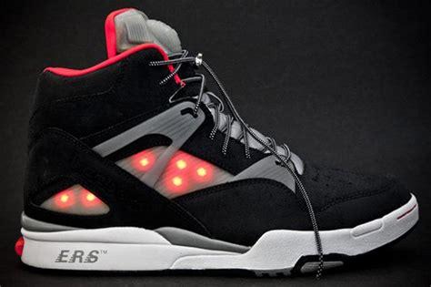 reebok light up shoes solebox x reebok omnizone lights up your path ubergizmo