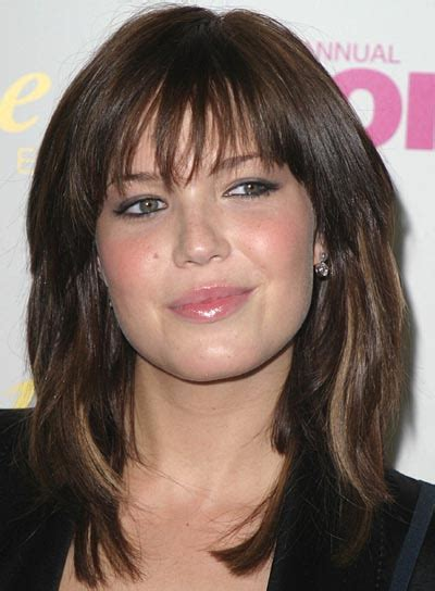 round face brown eyes over 50 hairstyle pictures mandy moore long shag casual everyday careforhair co uk