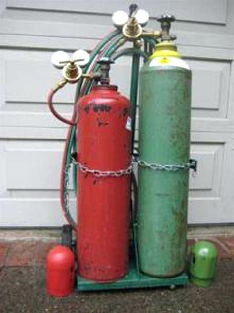 Oxygen Acetylene Cylinders Quality Oxygen Acetylene Cylinders For Sale Welding Oxygen Tank Sizes Cylinder Sizes Cylinders Propane Tanks Oxygen Cylinders