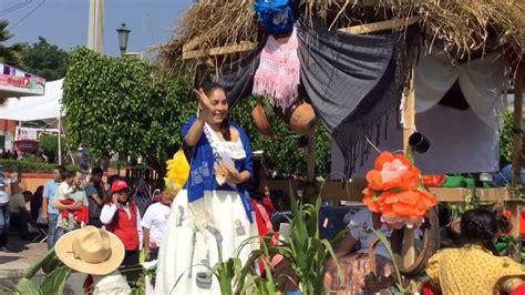 la flor ms bella del co desfile la flor m 225 s bella del ejido 2015 pedro escobedo