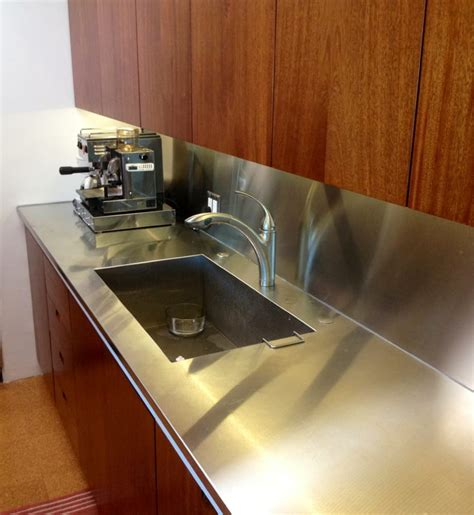 a one stainless steel sink countertop and