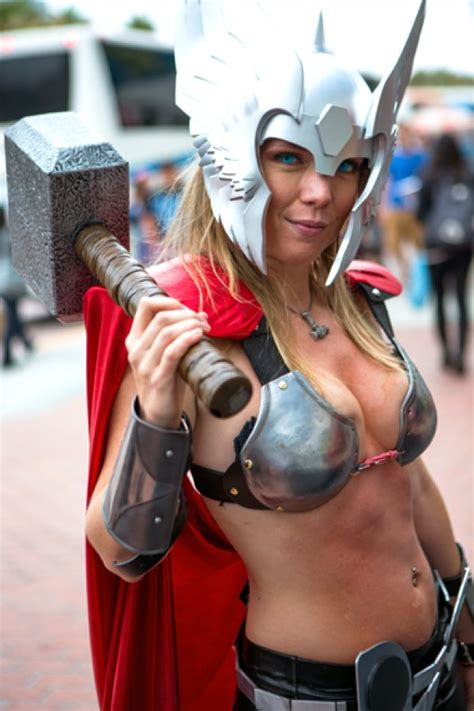 Get Hewitts Comic Con Sporty Chic Look by 21 Best Cosplays At San Diego Comic Con 2012