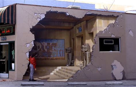 3d murals 301 moved permanently