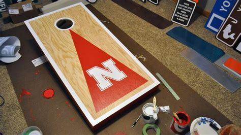 build  cornhole toss set  decorating