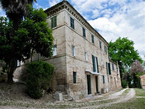 In Vendita Nelle Marche by Casale In Vendita In Italia Nelle Marche