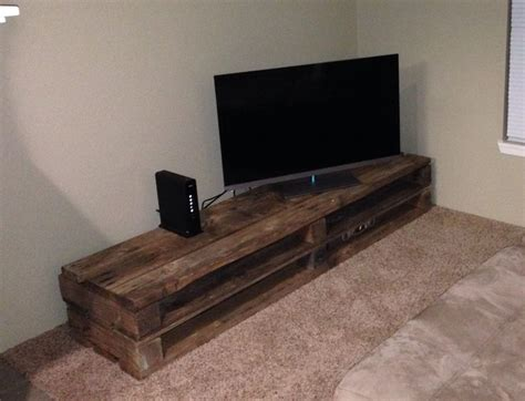 tv bench ideas tv console made of pallets google search loft