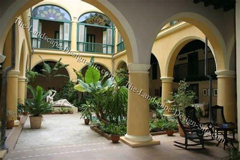 mediterranian courtyard gardens courtyards and verandas pinterest mediterranean courtyard garden house decor pinterest