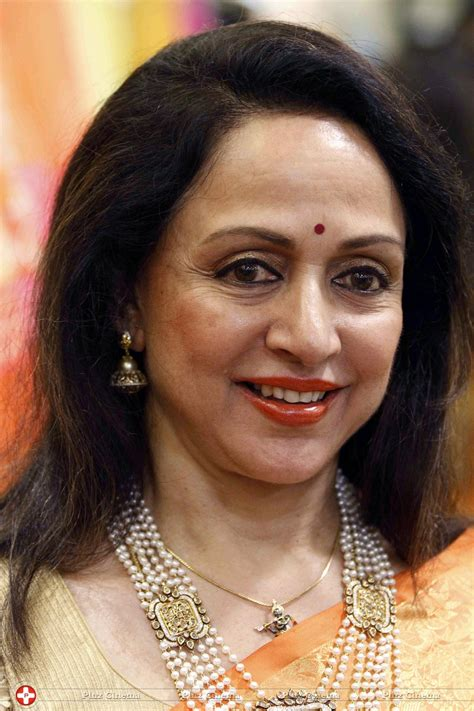 biography hema malini hema malini movies bio and lists on mubi