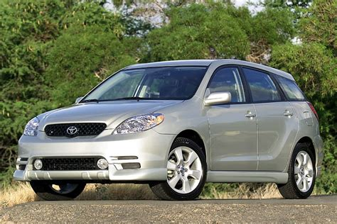 2004 Toyota Matrix Review 2003 Toyota Matrix Reviews Specs And Prices Cars