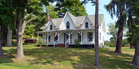 cottages for sale in new york state 6 beautiful country homes for sale in new york s hudson