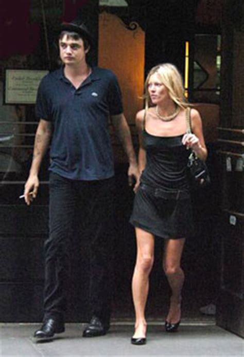 Lepaparazzi News Update Moss And Doherty Check Into Rehab Together by Kate Moss And Pete Doherty Check Into Rehab