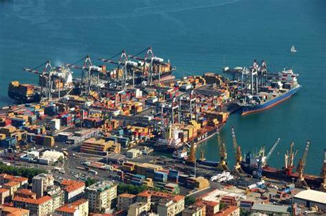 porto della spezia porti la spezia arrivata prima nave in preclearing