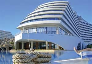 Bath With Shower Cubicle titanic beach and aqua park hotel in hurghada