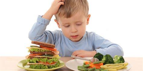 alimentazione adulto danni da cattiva alimentazione bambini sovrappeso oggi