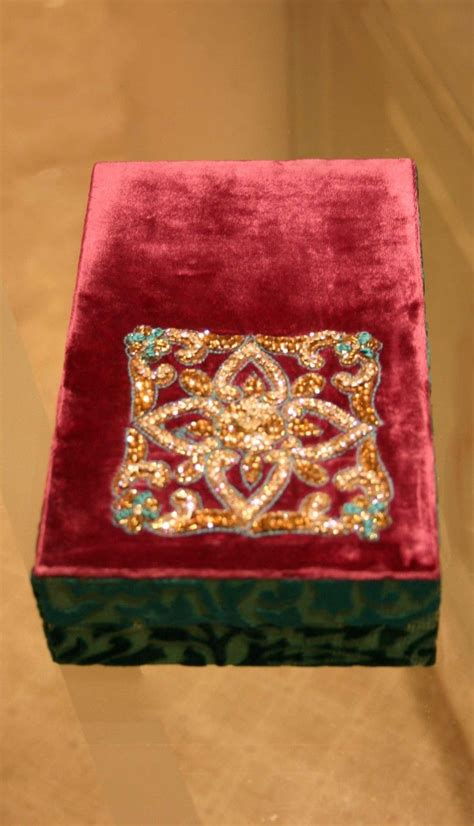 Box Kemasan Souvenir Motif Bunga Flowers Box Packaging Box Hpk018 17 best images about gift boxes on indian beautiful and embroidery