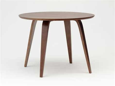 buy the cherner dining table at nest co uk